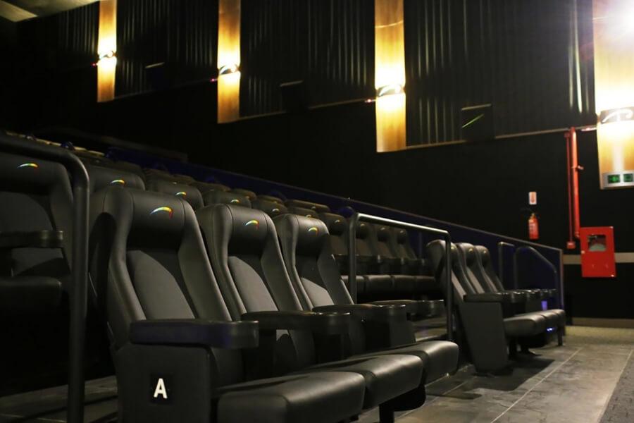 Um pouco sobre o cinema e lojas do Shopping Park Europeu
