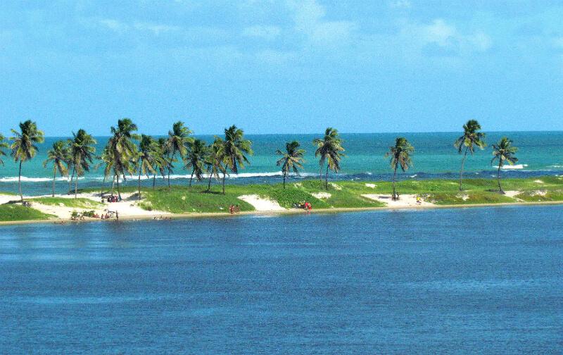 Ilha na Lagoa Mundaú em Maceió