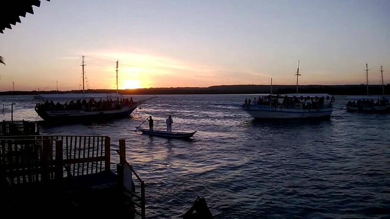 Passeio de barco na Lagoa Mundaú em Maceió