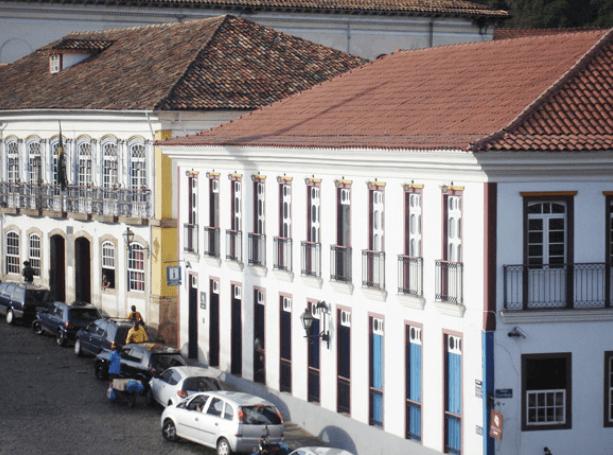 Centro Cultural na Praça Tiradentes