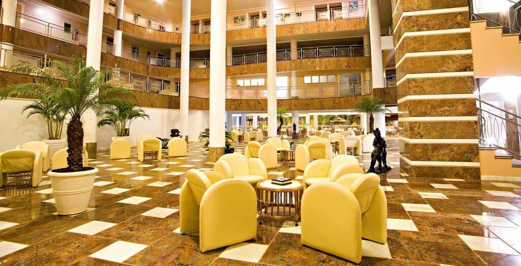 Melhores hotéis em Natal: Recepção do Esmeralda Praia Hotel