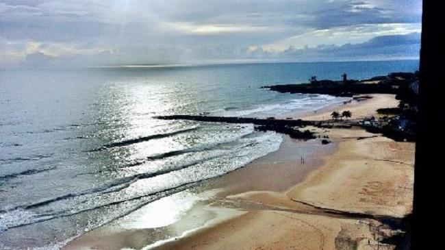 Estrutura da praia da Areia Preta em Natal
