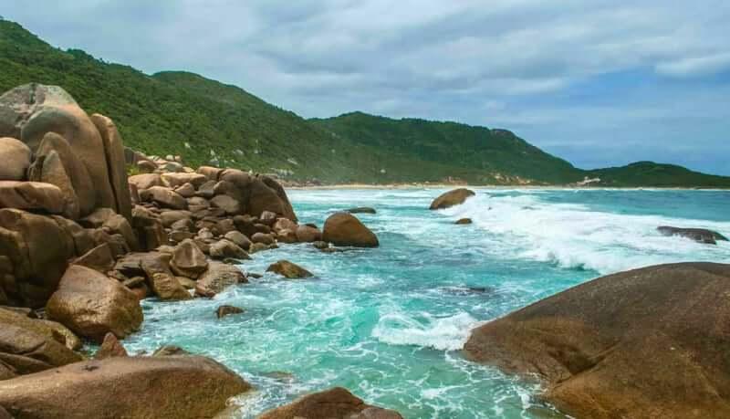 Galheta, playa nudista en Brasil
