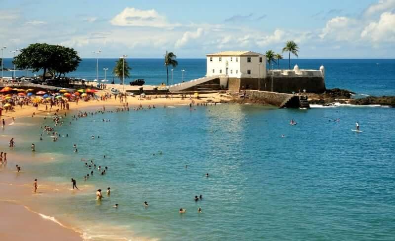 Praia do Porto da Barra em Salvador