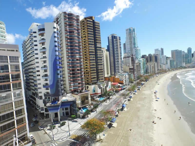 Hotéis bons e baratos em Balneário Camboriú