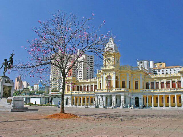 Praça da Estação em Belo Horizonte